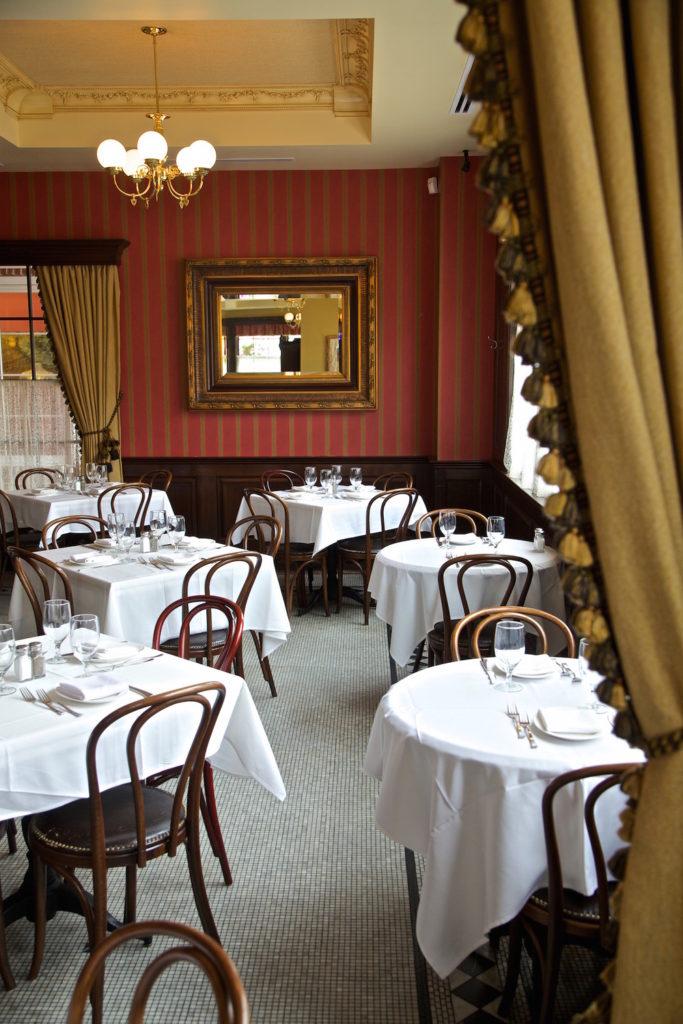 Ten+Twenty+Post+Dining+Room