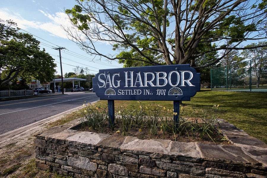 A DAY WITH GG IN: Sag Harbor
