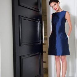 Understated Elegance: The Little Navy Dress at Senza Tempo Fashion