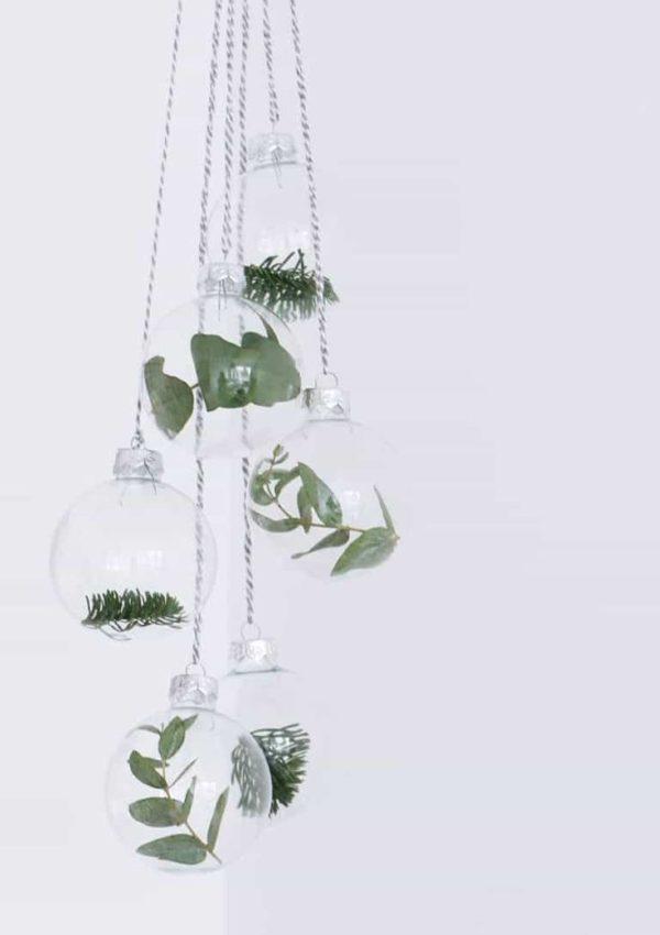 Simple, Beautiful & Natural Ornaments {DIY}