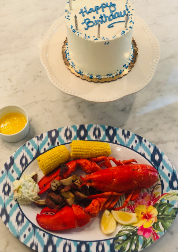 Fjord fish market does it again! Making lobster trend #curbside.